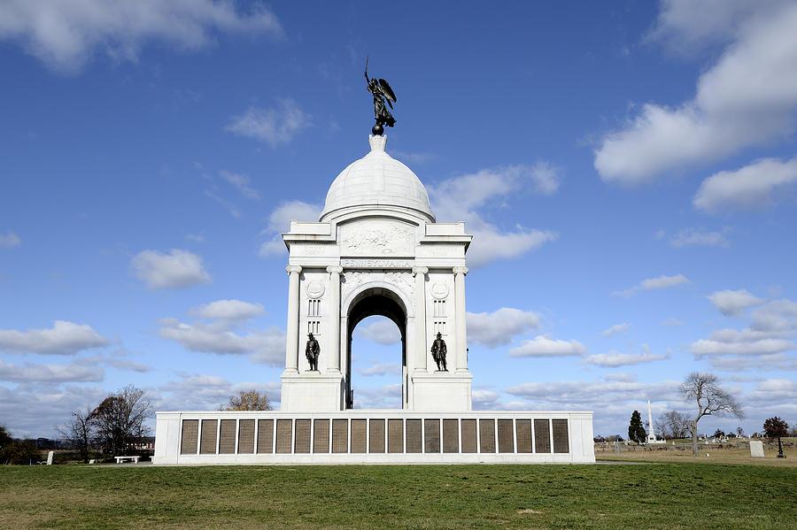 Gettysburg Photograph - Pennsylvania Memorial At Gettysburg Battlefield by Brendan Reals