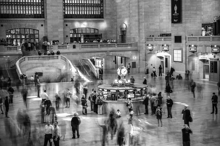 Grand Central Station Photograph - People at the Grand Central Station by Jose Maciel
