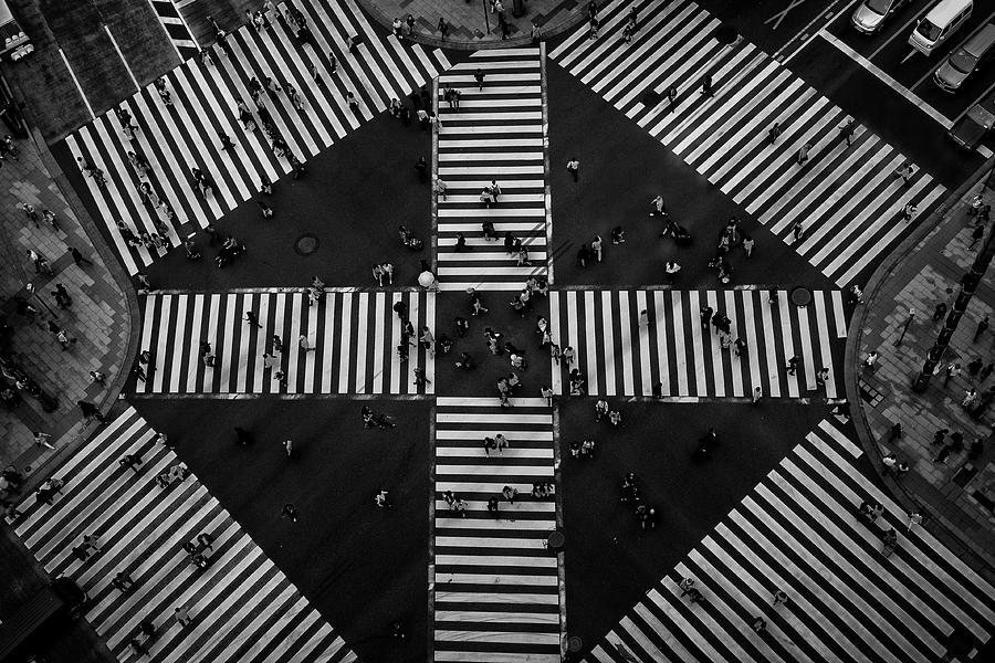 Tokyo Photograph - People Crossing by Koji Tajima