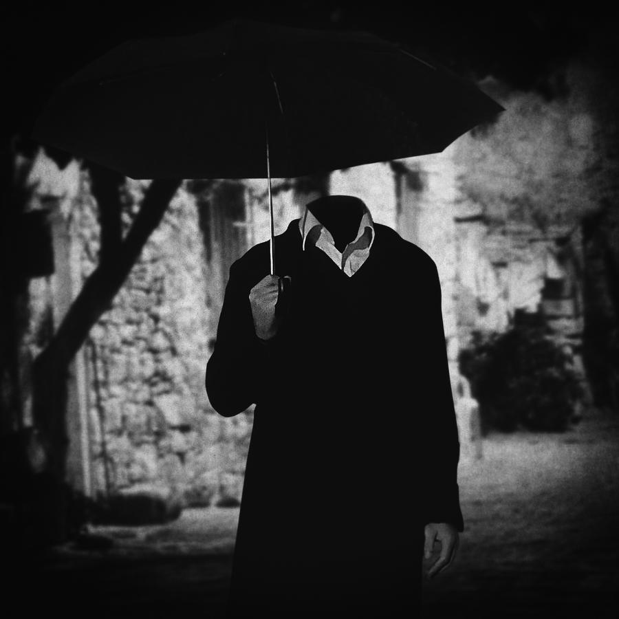 Surreal Photograph - Pero A Veces.. by Taylan Apukovska