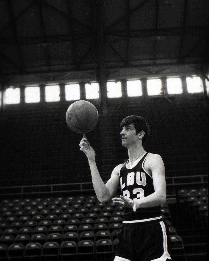 Classic Photograph - Pete Maravich Spinning Ball On Finger by Retro Images Archive