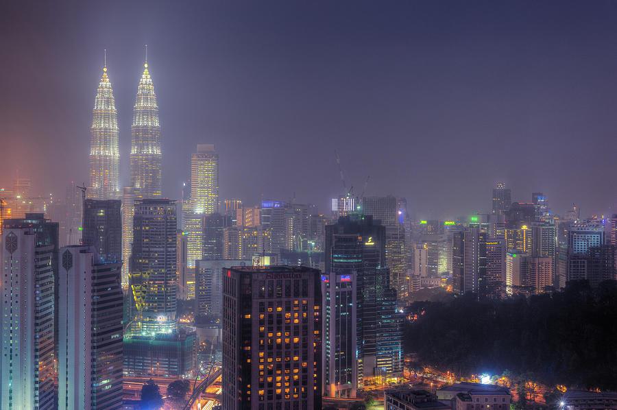 Petronas Twin Tower At Night Photograph by Www.imagesbyhafiz.com