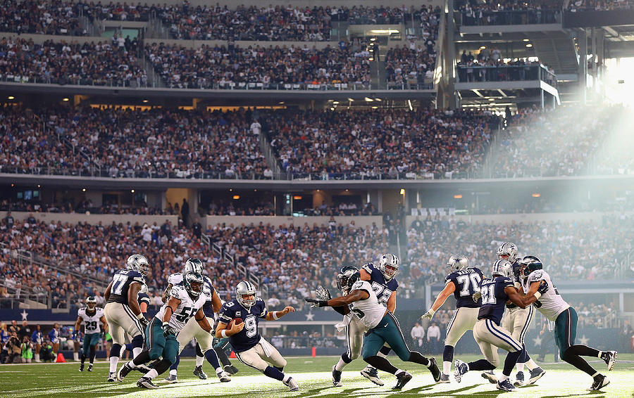 Philadelphia Eagles V Dallas Cowboys Photograph by Ronald Martinez