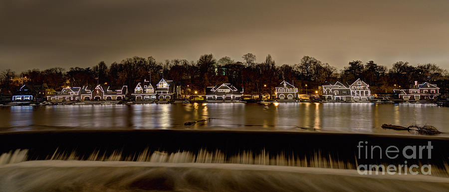 Philly Photograph - Philadelphias Boathouse Row At Night by Mark Ayzenberg