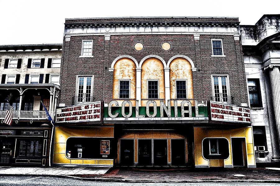 The Colonial Theater Phoenixville Photograph - Phoenixvilles Colonial Theater by Bill Cannon