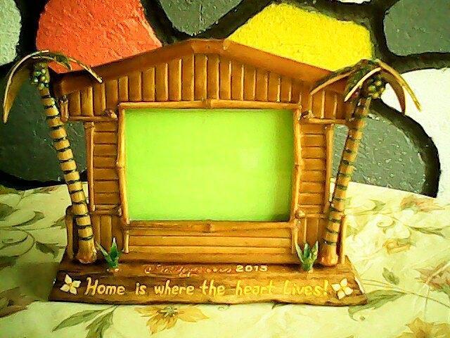 Bamboo Relief - Photo Frames by Davidson Castillo