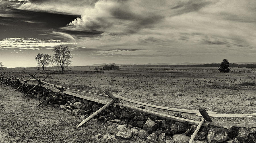 Gettysburg Photograph - Picketts Charge The Angle Black And White by Joshua House
