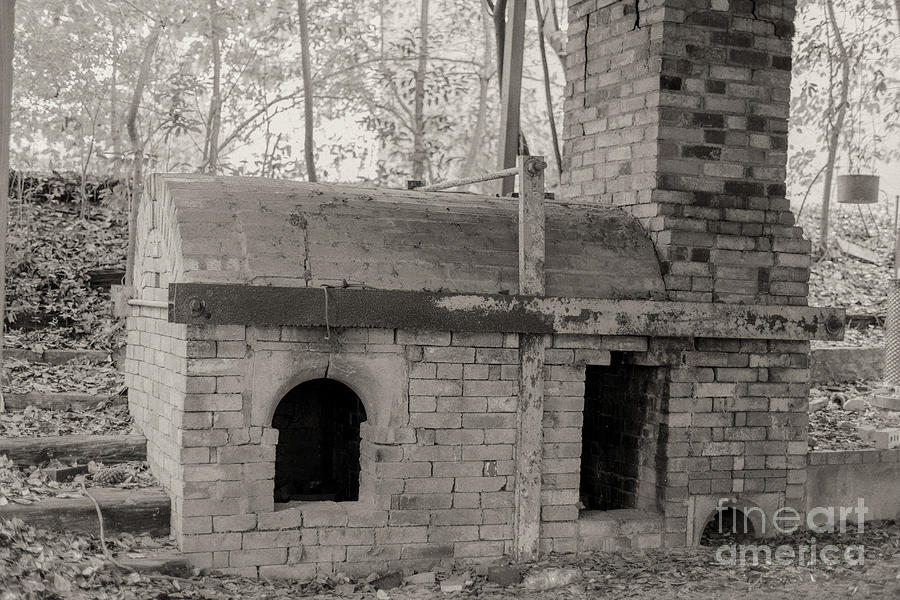 Pinewood Pottery Kiln Photograph by Russell Christie