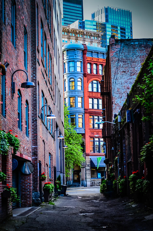 Richardsonian Romanesque Photograph - Pioneer Building Through The Alley by Brian Xavier