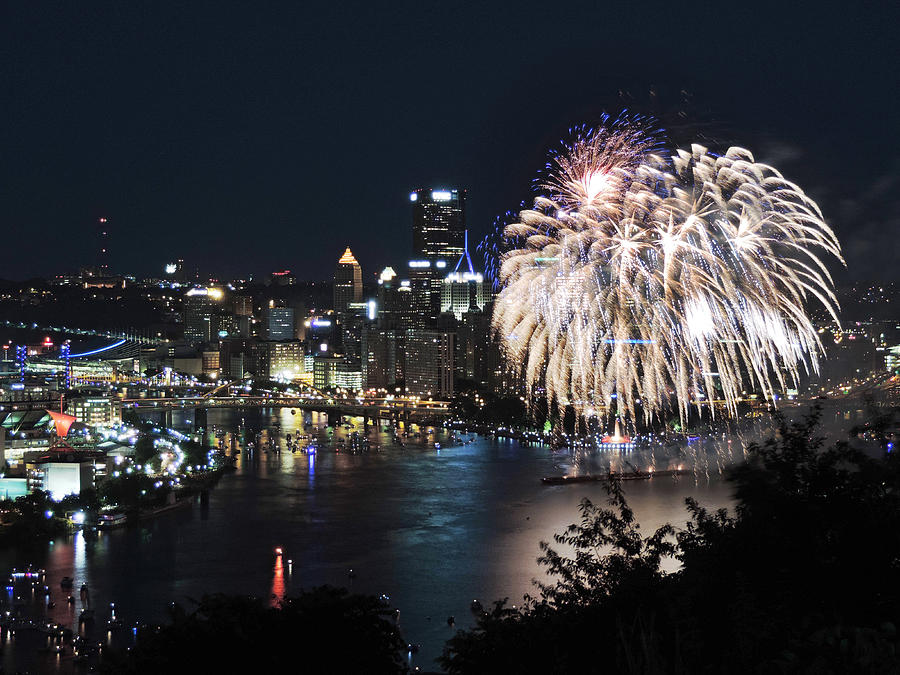 City Photograph - Pittsburgh Fireworks At Night by Cityscape Photography