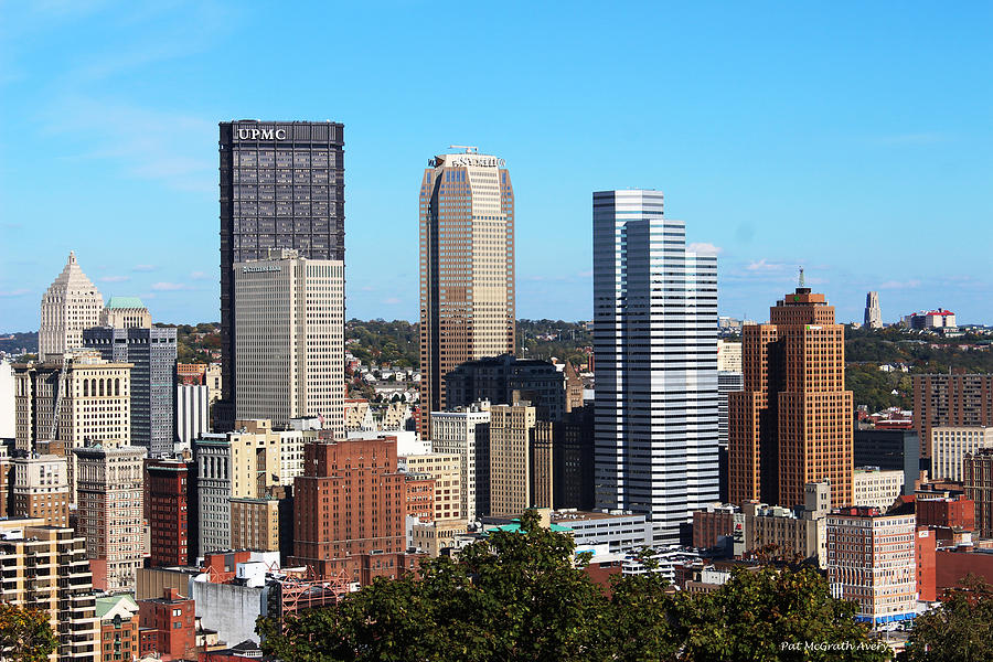 Pittsburgh Photograph - Pittsburgh Skyline by Pat McGrath Avery