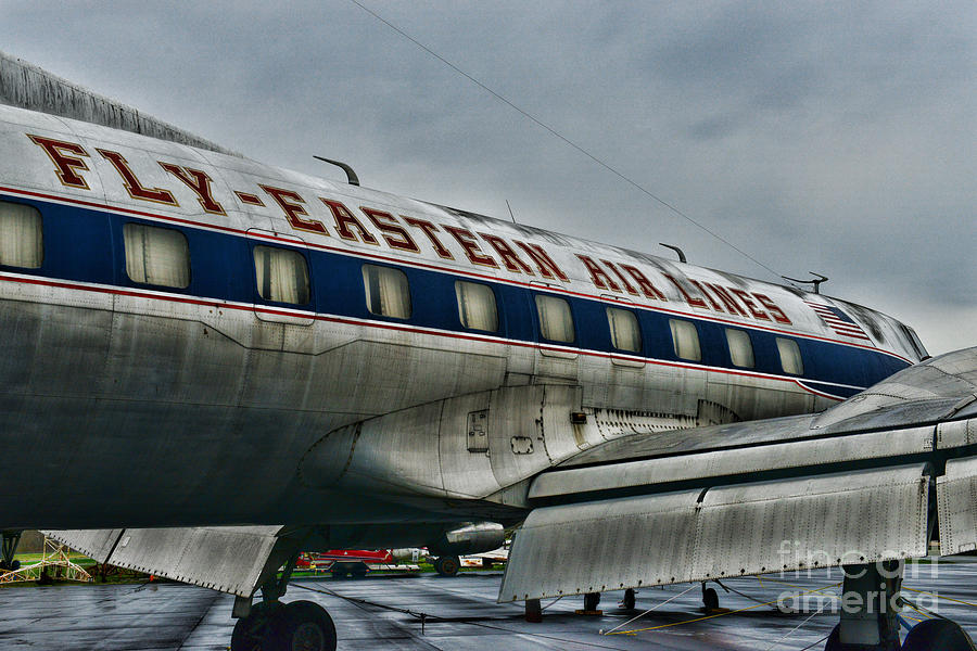 Paul Ward Photograph - Plane Fly Eastern Air Lines by Paul Ward