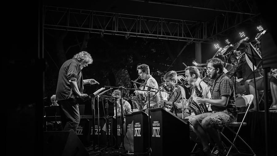 Jazz Photograph - Play It Right by Pooja Gulati