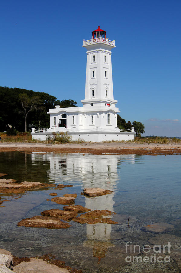 Lighthouse Photograph - Point Abino Reflections by Darleen Stry