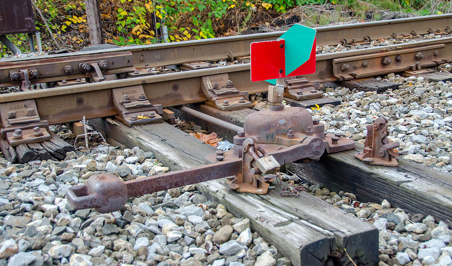 Bridges Photograph - Point Indicator  7d07894 by Guy Whiteley