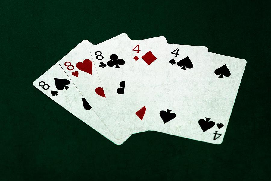 Poker hands full house