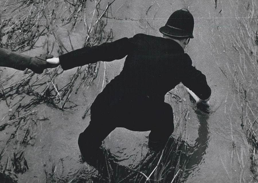 Retro Photograph - Police Search For Girl�s Murderer by Retro Images Archive