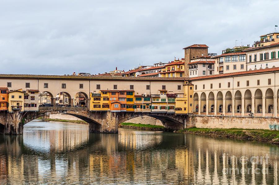 Ponte Photograph - Ponte Vecchio by Luis Alvarenga