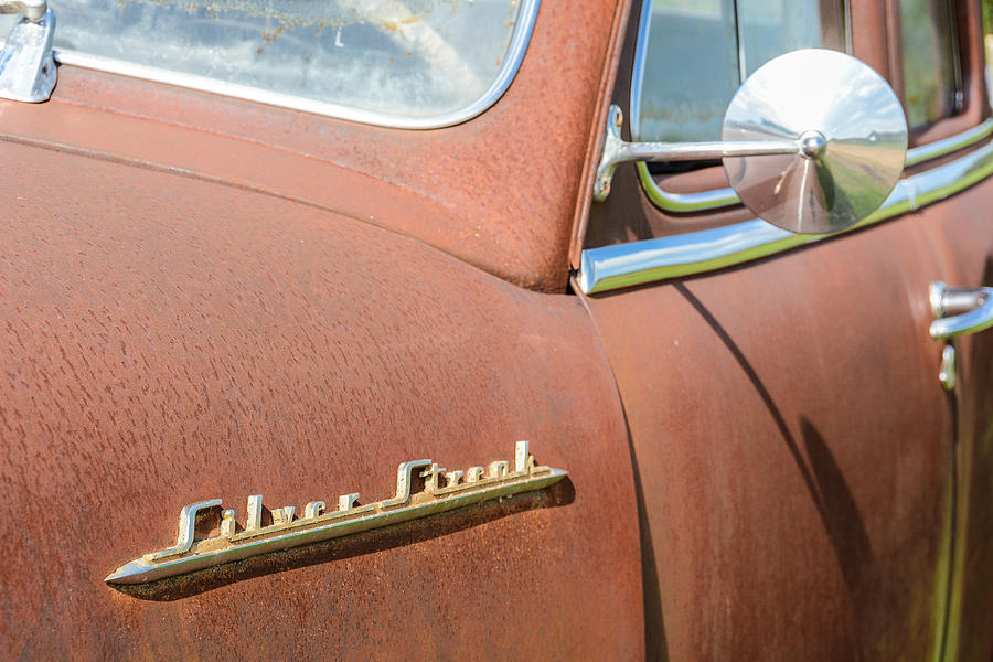 Antique Car Photograph - Pontiac Silver Streak by Wally Taylor