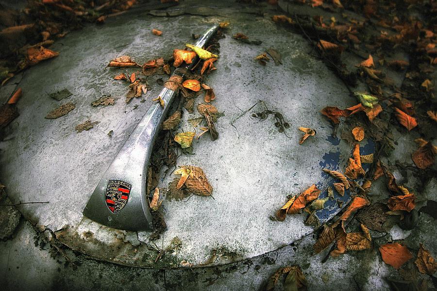 Still Life Photograph - Porsche by Holger Droste