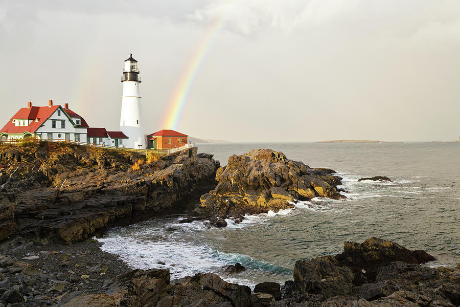 Portland Head Light Lighthouse And Photograph by Picturelake