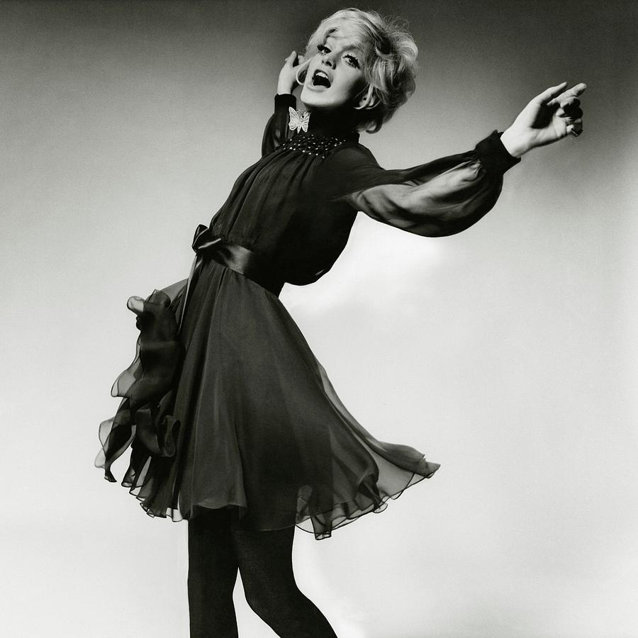Portrait Of Goldie Hawn Photograph by Bert Stern