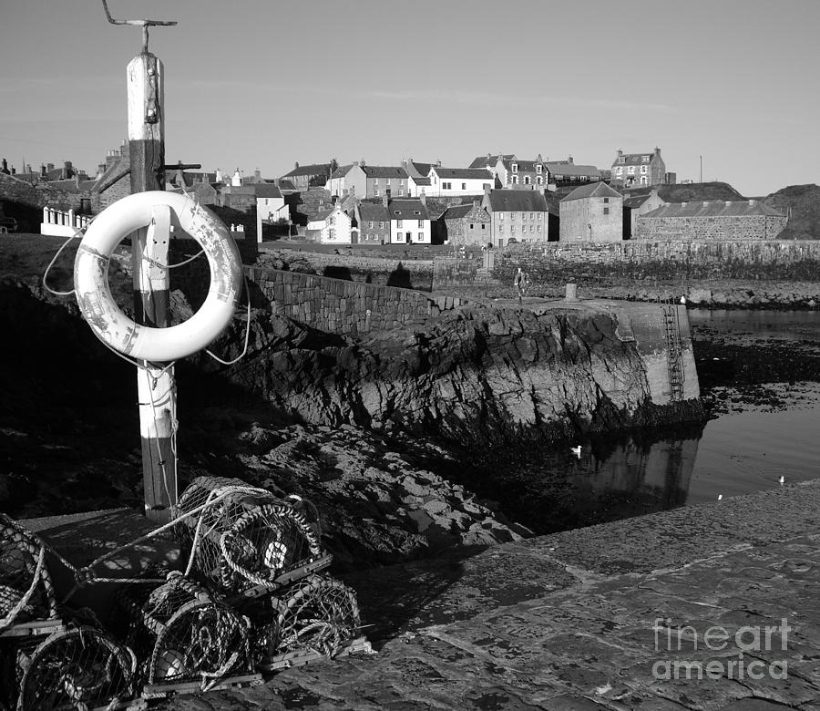 Fishing Photograph - Portsoy by Malcolm Suttle