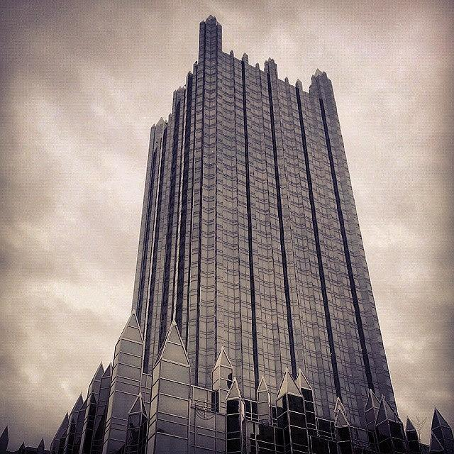 Pittsburgh Photograph - Downtown Castle by Charlie Cliques