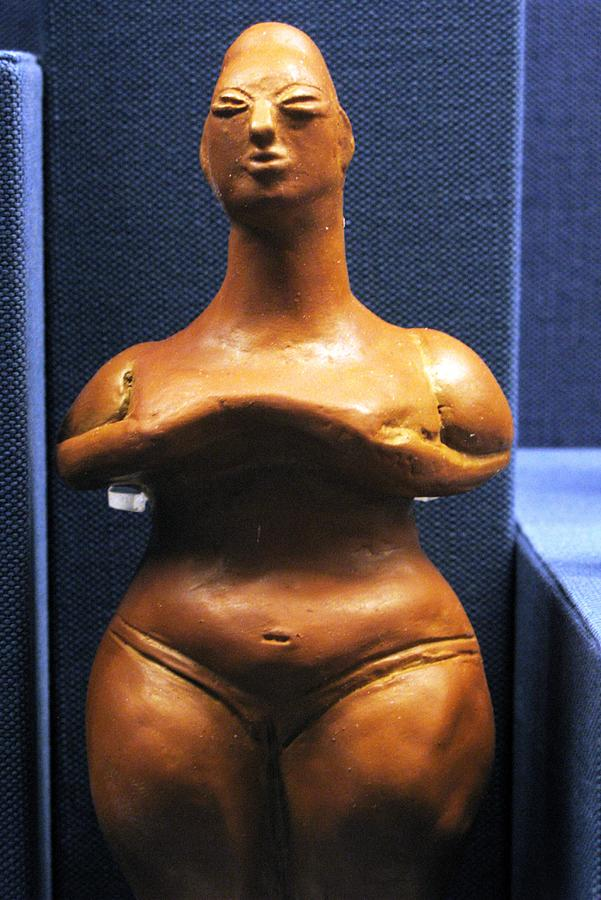Neolithic Figurine Photograph - Pregnant Woman by Andonis Katanos