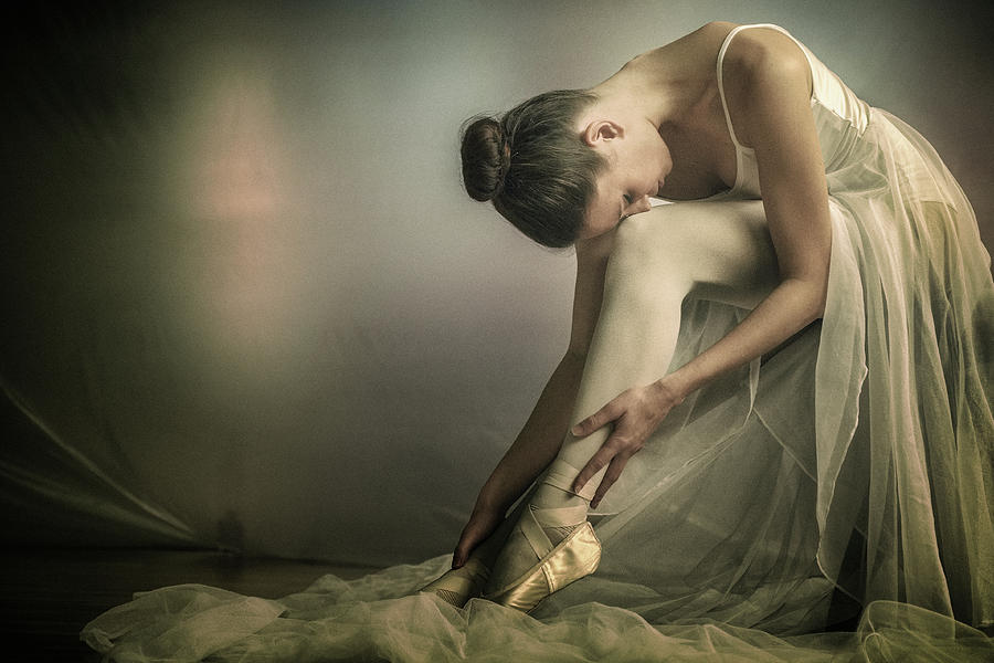 Portrait Photograph - Preparation To Dance by Federico Cella