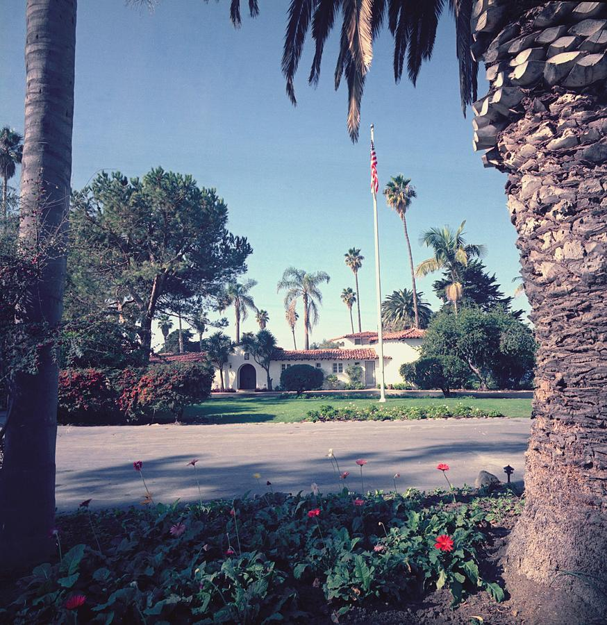 History Photograph - President Nixons Home In San Clemente by Everett