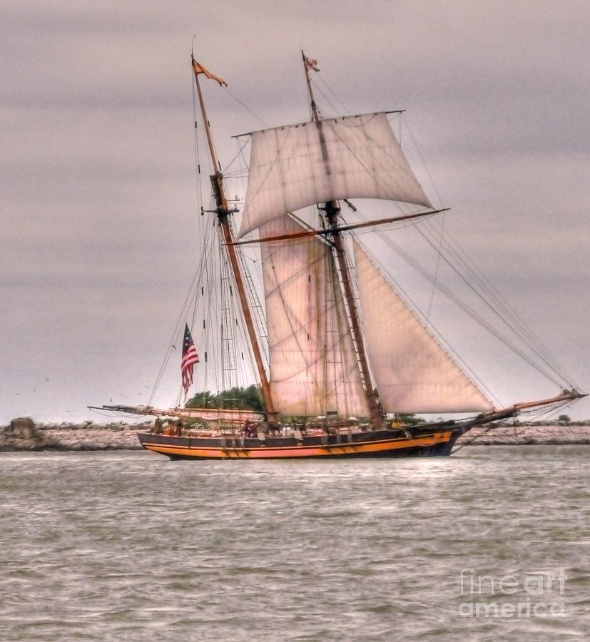 Pride Photograph - Pride Of Baltimore by Kathleen Struckle