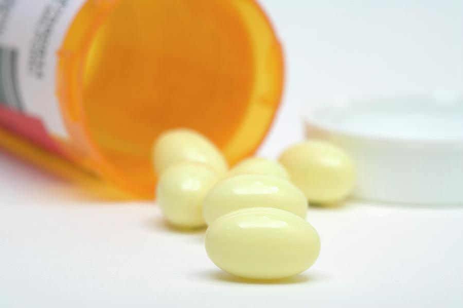 Prometrium (progesterone) Drug Photograph by Science Stock ...