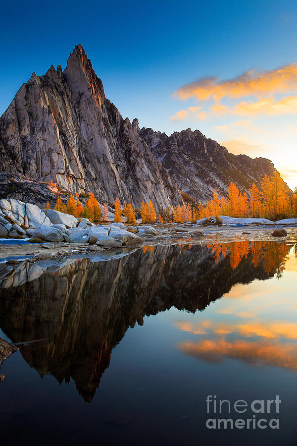 Alpine Lakes Wilderness Photograph - Prusik Reflection by Inge Johnsson