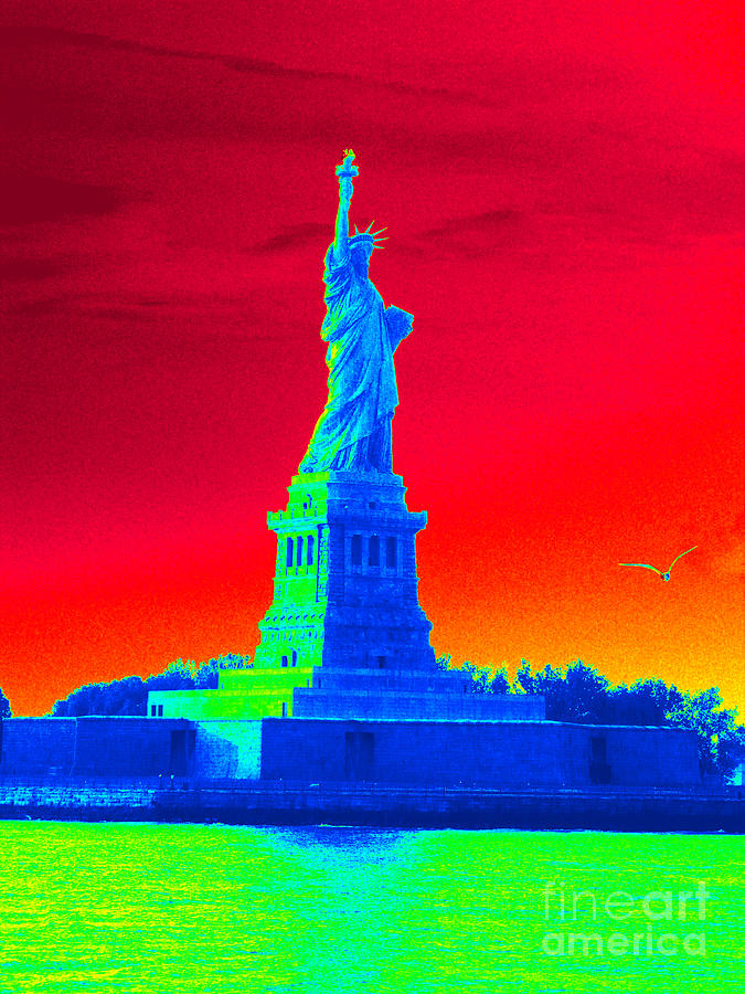 Statue Of Liberty Photograph - Psychedelic Liberty by Avis  Noelle