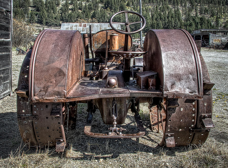 Tractor Photograph - Pulling End Of Mccormick-deering Tractor by Daniel Hagerman