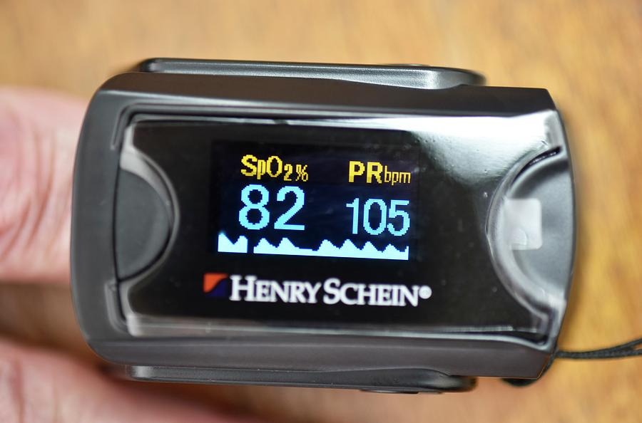 Pulse Oximeter Readings In Lung Disease by Dr P  Marazzi/science Photo  Library