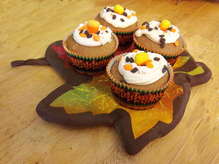 Cupcakes Photograph - Pumpkin Spice Cupcakes by Rosalie Klidies