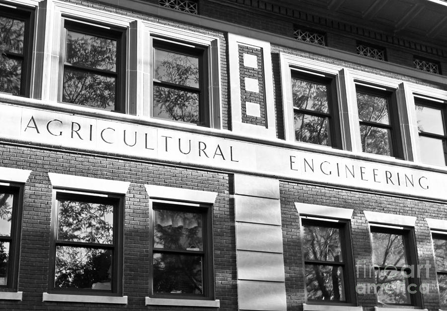 Big 10 Photograph - Purdue University Agricultural Engineering by University Icons