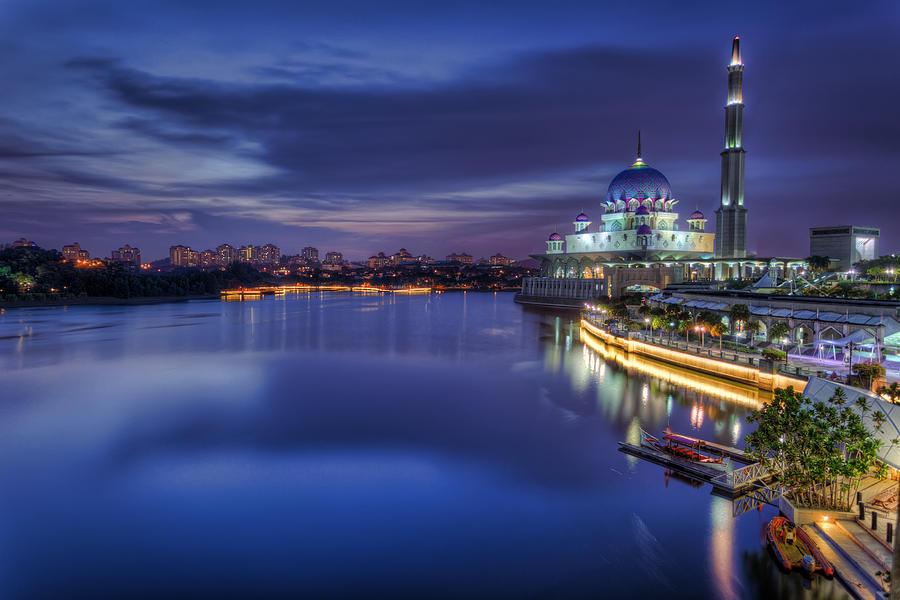 Putra Mosque Photograph - Putra Mosque by Mario Legaspi