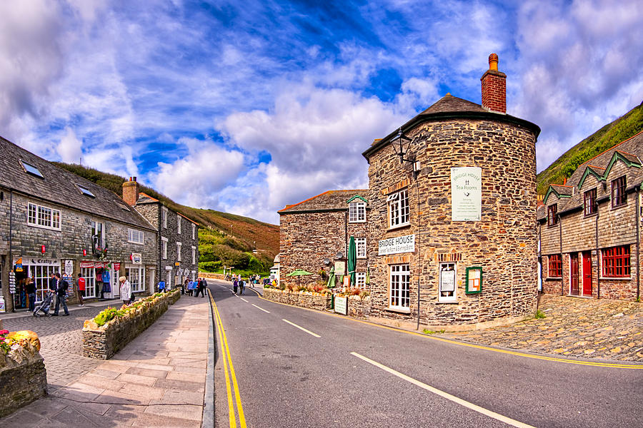Cornwall Photograph - Quaint Cornwall In The Little Village Of Boscastle by Mark E Tisdale