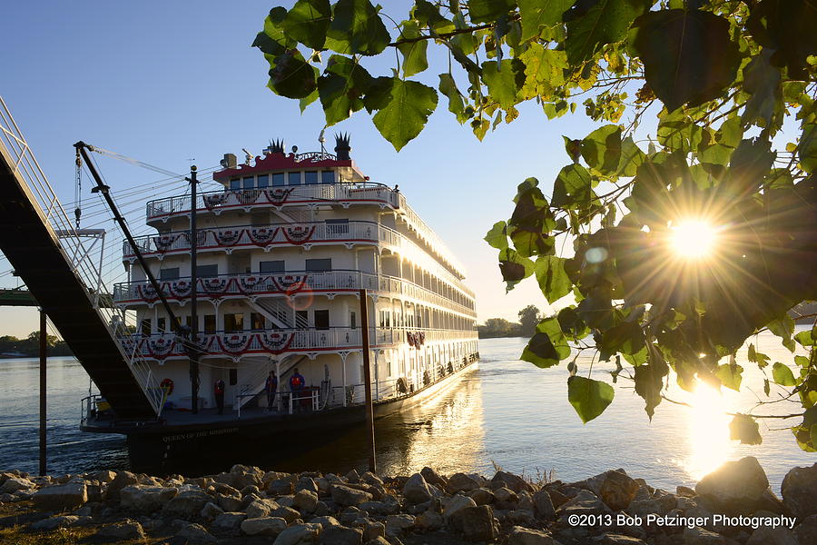 Riverboat Photograph - Queen Of The Mississippi by Bob Petzinger
