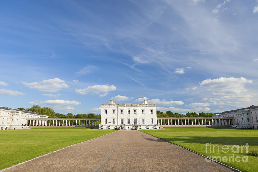 Britain Photograph - Queens House In Greenwich by Roberto Morgenthaler