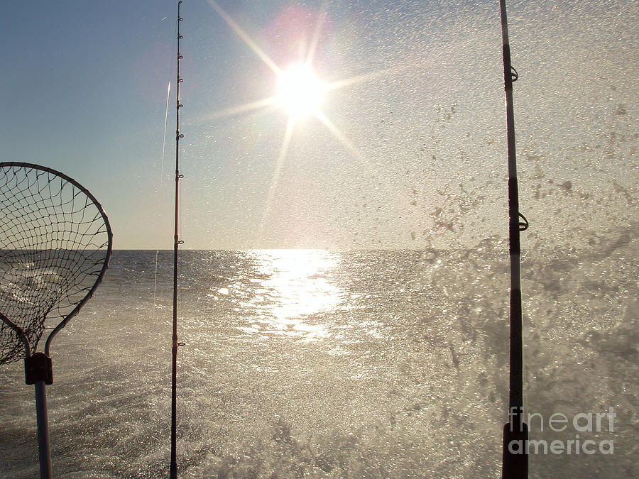 Telfer Photograph - Racing To The Fishing Grounds by John Telfer