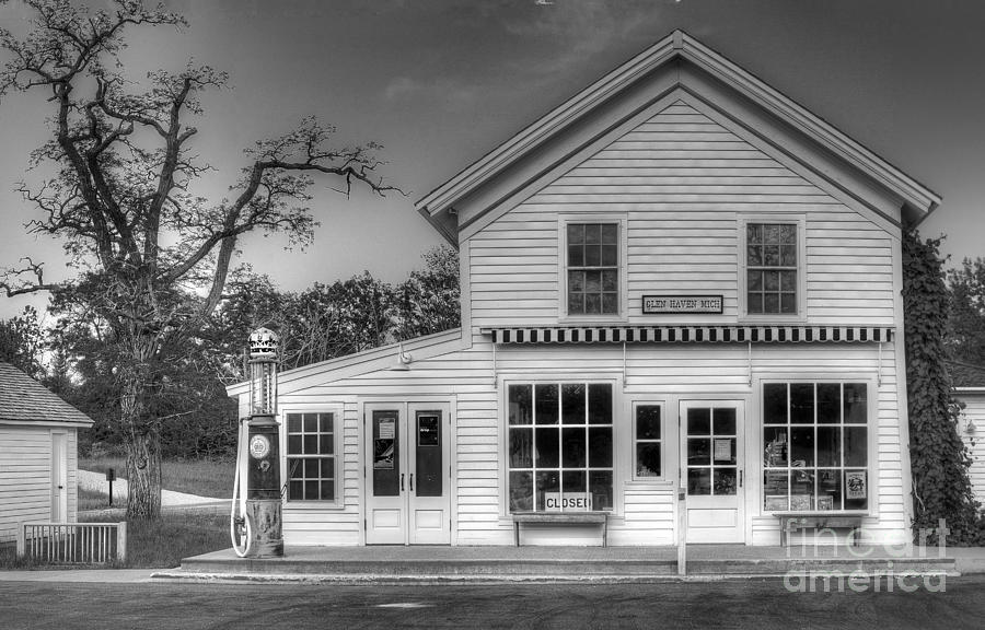 Sleeping Photograph - Ranger Station in Glen Haven by Twenty Two North Photography