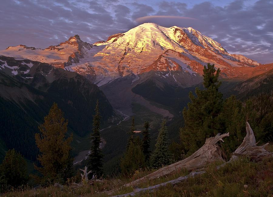 Mt. Rainier Photograph - Rainiers Eyebrow by Randolph Fritz