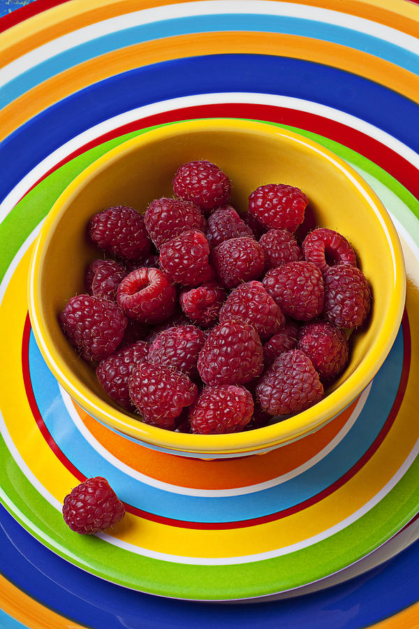 Bowls Photograph - Raspberries In Yellow Bowl On Plate by Garry Gay