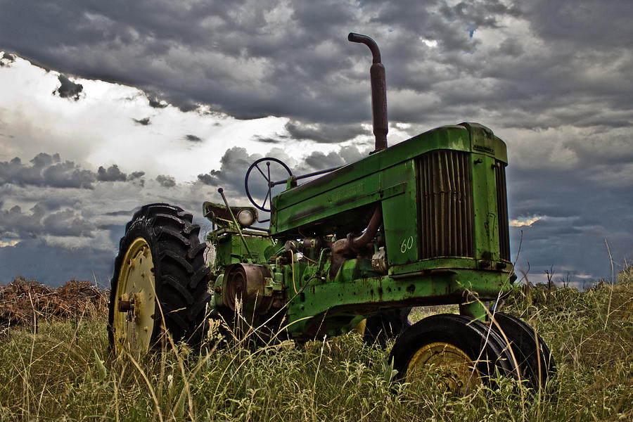 John Deere Photograph - Rays Old Popping Johnnie by Mamie Thornbrue