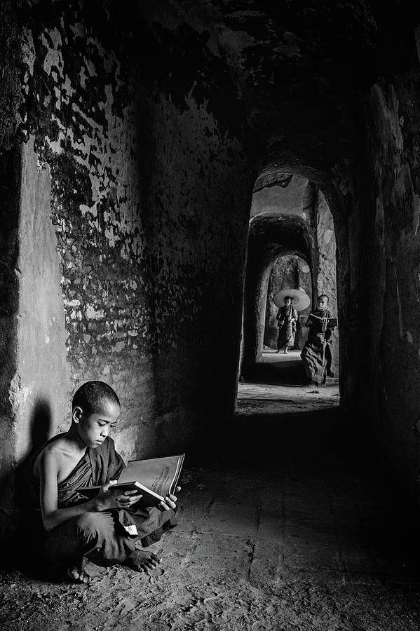 Bagan Photograph - Readings by Michael Lim