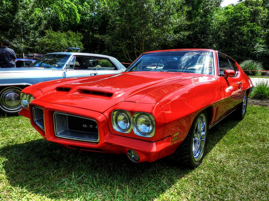 Red '72 Pontiac Gto 001 Photograph by Lance Vaughn